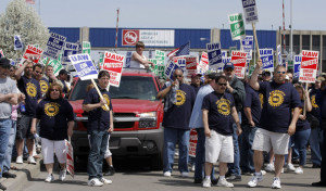 Auto+Workers+Protest+Outside+American+Axle+7b5LllexXDHl